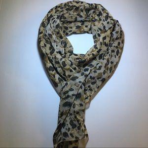 Accessories - Women's neck scarves chiffon animal print.